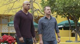 Navy CIS: L.A. - Ein euer Fall beschäftigt Callen (Chris O'Donnell, r.) und Sam (LL Cool J, l.) ... © CBS Studios Inc. All Rights Reserved.
