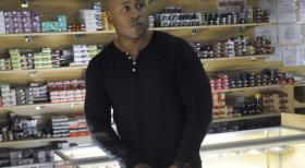 Navy CIS: L.A. - Undercover im Einsatz, um die nationale Sicherheit zu wahren: Special Agent Sam Hanna (LL Cool J) ... © CBS Studios Inc. All Rights Reserved.