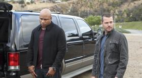 Navy CIS: L.A. - Ein neuer Fall wartet auf Callen (Chris O'Donnell, r.) und Sam (LL Cool J, l.) ... © CBS Studios Inc. All Rights Reserved.