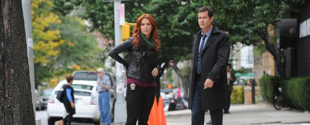 Ermitteln in einem neuen Mordfall: Carrie (Poppy Montgomery, l.) und Al (Dylan Walsh, r.) ... © 2011 CBS Broadcasting Inc. All Rights Reserved.