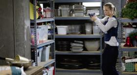 Criminal Minds - Versucht einen Serientter zu stellen: JJ (AJ Cook) ...  ABC Studios