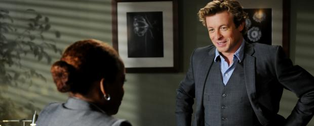 Ein neuer Fall beschftigt Patrick Jane (Simon Baker, r.) und Madeleine Hightower (Aunjanue Ellis, l.) ...  Warner Bros. Television