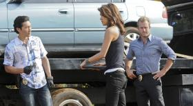 Hawaii Five-0 - Während sich Danny um eine  persönliche Sache mit Joe White kümmern muss, ermitteln Danny (Scott Caan, r.), Chin (Daniel Dae Kim, l.) und Kono (Grace Park, M.) in einem neuen Mordfall ... © TM &   CBS Studios Inc. All Rights Reserved.