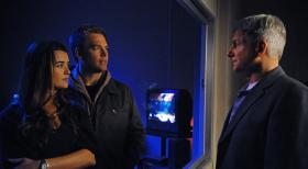 Navy CIS - Ermitteln in einem neuen Mordfall: Ziva (Cote de Pablo, l.), DiNozzo (Michael Weatherly, M.) und Gibbs (Mark Harmon, r.) ... © 2012 CBS Broadcasting Inc. All Rights Reserved.
