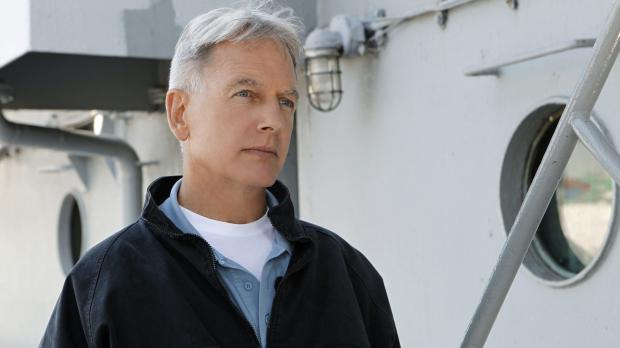 Navy CIS - Ermittelt in einem neuen Fall: Gibbs (Mark Harmon) ... © CBS Telev...