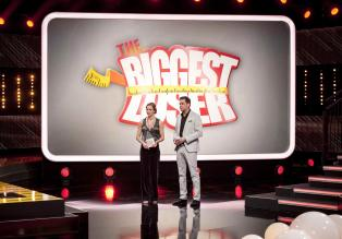 "The Biggest Loser - Suchen ""The Biggest Loser"" 2013: Dr. Christine Theiss (l.) und Matthias Killing (r.) ... © Martin Rottenkolber SAT.1"