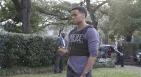 Common Law - Travis (Michael Ealy) und Wes untersuchen eine Serie von Einbrchen und erfahren dabei, dass Travis' Pflegebruder der Anfhrer der Diebesbande sein knnte ...  2012 USA Network Media, LLC