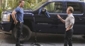 Hawaii Five-0 - Ermitteln in einem neuen Fall: Steve (Alex O'Loughlin, l.) und Danny (Scott Caan, r.) ... © 2012 CBS Broadcasting, Inc. All Rights Reserved.