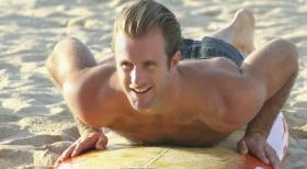 Kämpft gegen das organisierte Verbrechen auf den sonnenverwöhnten Stränden von Hawaii: Danny Williams (Scott Caan) ... © TM &   2010 CBS Studios Inc. All Rights Reserved.
