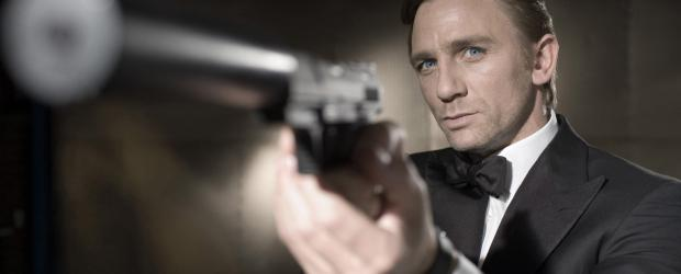 James Bond 007: Casino Royale - James Bond (Daniel Craig) wird auf den skrupellosen Finanzhai Le Chiffre angesetzt ... © 2006 DANJAQ, LLC, UNITED ARTISTS CORPORATION AND COLUMBIA PICTURES INDUSTRIES, INC. ALL RIGHTS RESERVED.