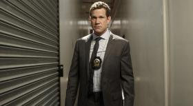 Unforgettable - (1. Staffel) - Geht gemeinsam mit Detective Carrie Wells auf Verbrecherjagd: Detective Al Burns (Dylan Walsh) ... © Sony Pictures Television Inc. All Rights Reserved.